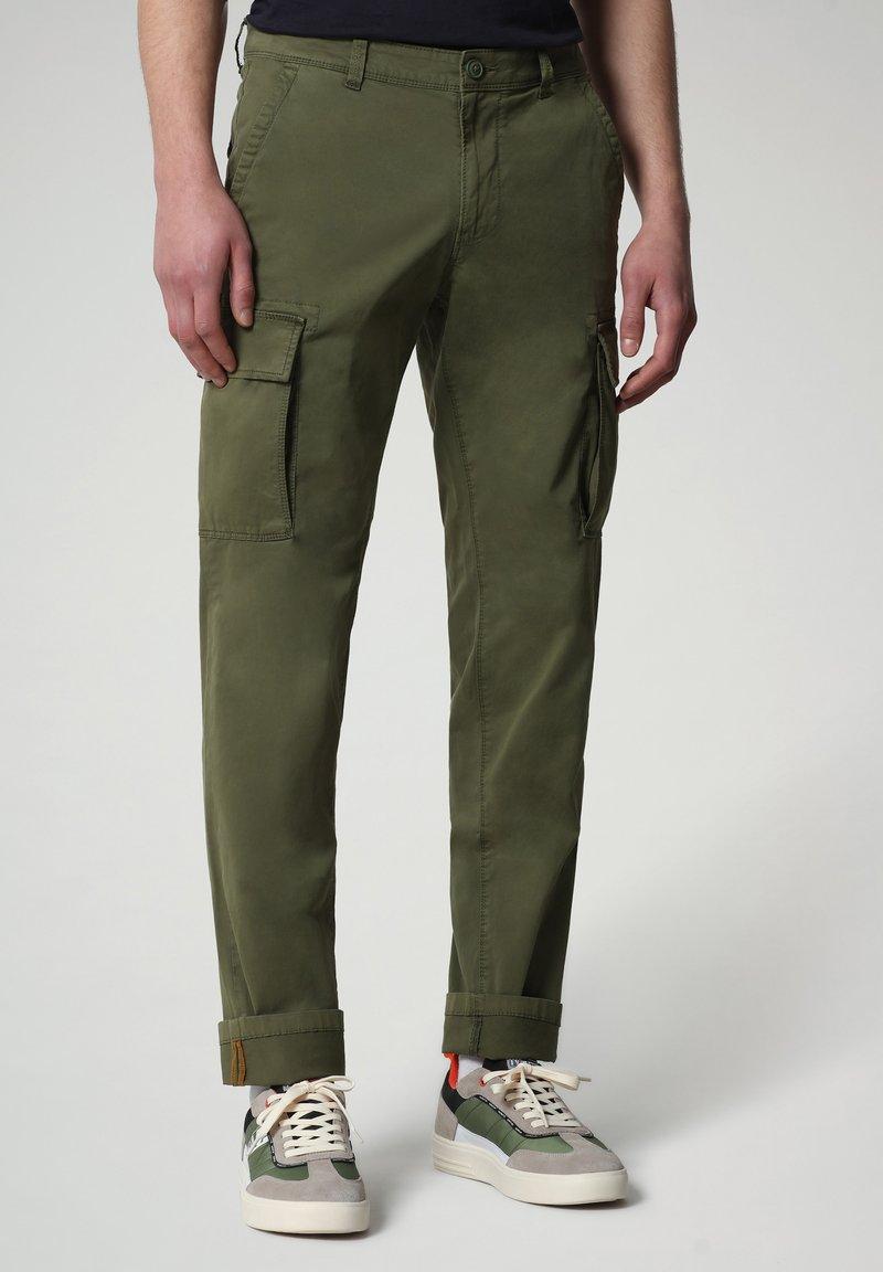 Napapijri - MOTO - Cargo trousers - green cypress