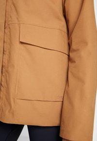 Didriksons - UNN WOMENS JACKET - Outdoor jacket - almond brown - 6