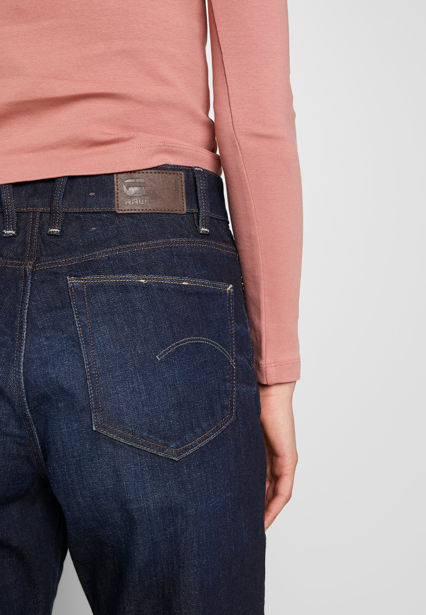 JANEH ULTRA HIGH MOM ANKLE Jeans relaxed fit worn in deep forest