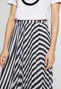 MICHAEL Michael Kors - PLEAT SKIRT - A-line skirt - white/vintage blue - 3