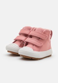 Converse - CHUCK TAYLOR ALL STAR BERKSHIRE  - High-top trainers - rust pink/pale putty - 1