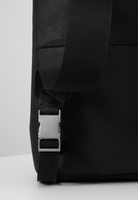 Zign - UNISEX -LEATHER - Rucksack - black - 8