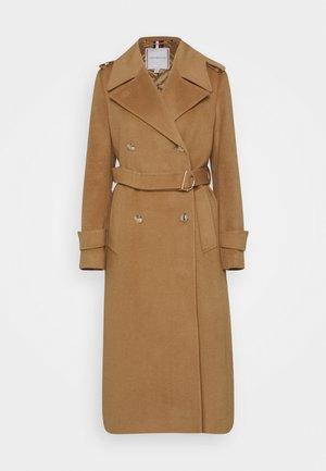 HEAVY BLEND MAXI - Zimní kabát - camel