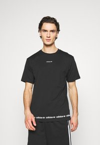 adidas Originals - LINEAR REPEAT UNISEX - Print T-shirt - black - 0