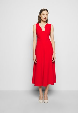 KEYHOLE FIT AND FLARE - Cocktailkjole - bright red
