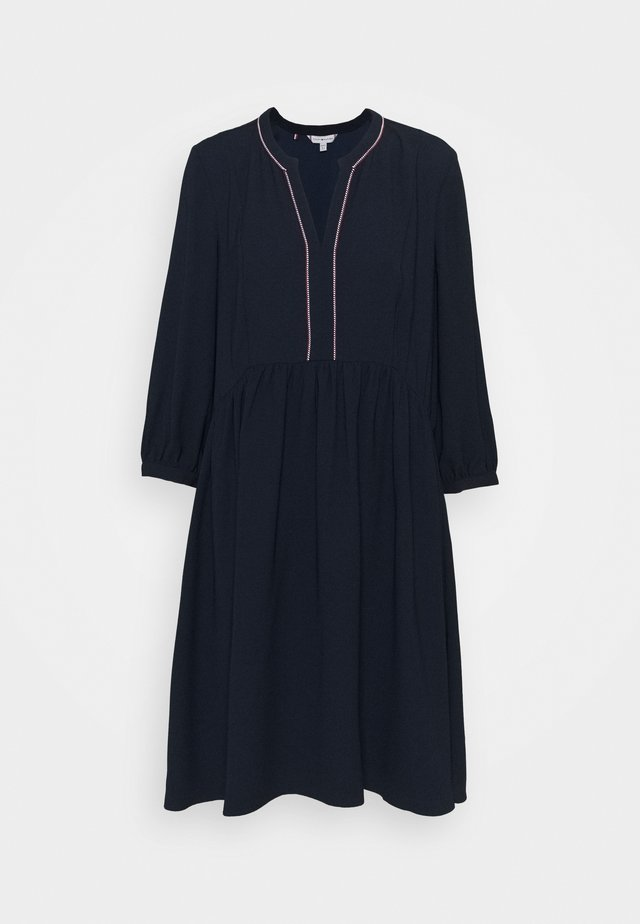 ARIELLA SHIFT DRESS 3/4 - Day dress - desert sky