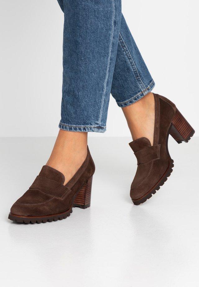 Classic heels - visone