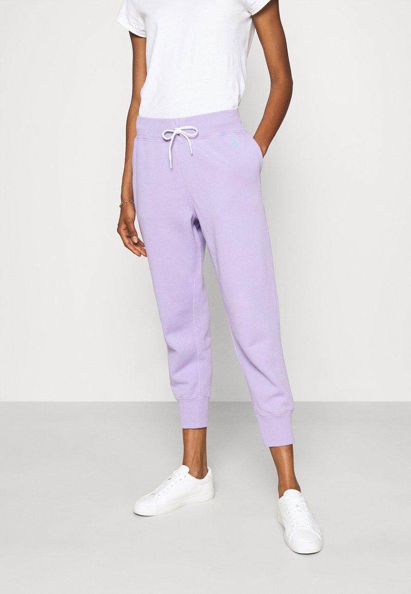 Polo Ralph Lauren - SEASONAL - Tracksuit bottoms - cruise lavendar