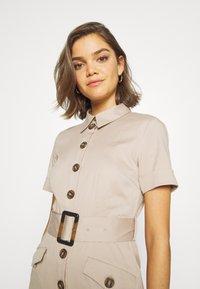 YAS - YASTALISA MIDI DRESS - Košilové šaty - light taupe - 3