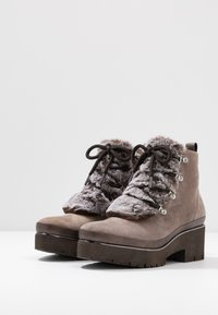 Tamaris Pure Relax - Ankle boots - taupe - 4