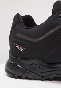 Mammut - ULTIMATE PRO LOW GTX MEN - Hikingschuh - black - 5