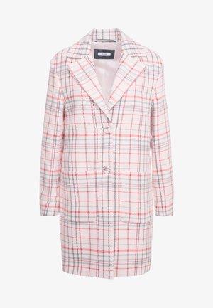 Zimní kabát - powder patterned