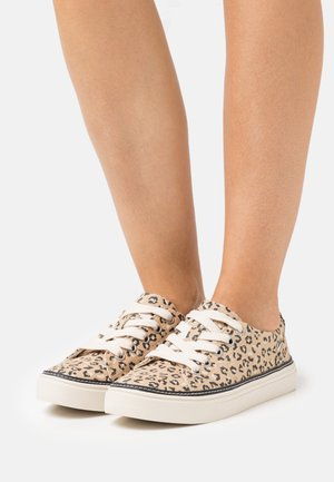 ALEX VEGAN - Trainers - natural/cheetah