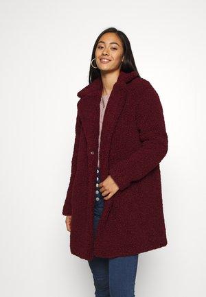 NMGABI - Zimní kabát - zinfandel