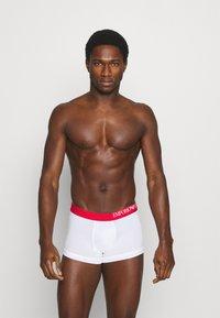 Emporio Armani - TRUNK 3 PACK - Pants - white - 3
