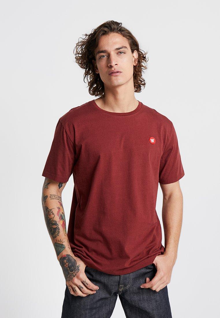 Wood Wood - ACE - Print T-shirt - dark red