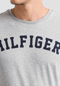 Tommy Hilfiger - Pyjamashirt - grey - 3