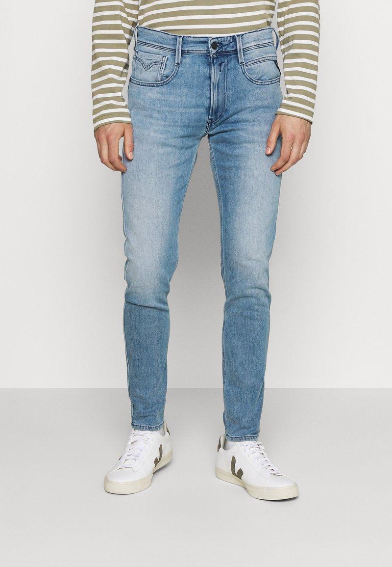 Replay - BRONNY X LITE - Slim fit jeans - medium blue