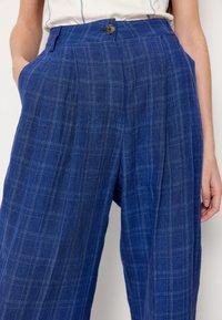 Wood Wood - SIRID TROUSERS - Trousers - blue - 8