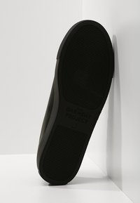 GARMENT PROJECT - TYPE - Sneakers laag - black - 4