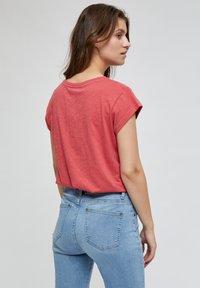 Minus - LETI - Basic T-shirt - pink lemonade - 2