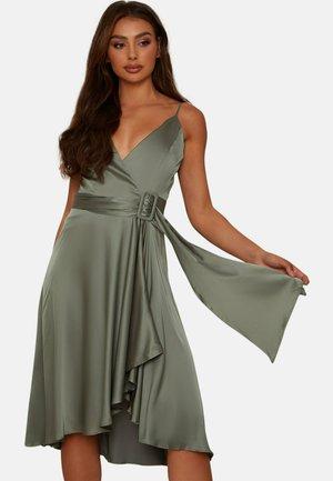 WRAP BODICE CAMI BRIDESMAID MIDI - Cocktail dress / Party dress - green