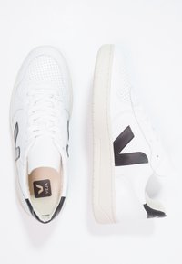 Veja - V10 LEATHER - Trainers - extra white/black - 1