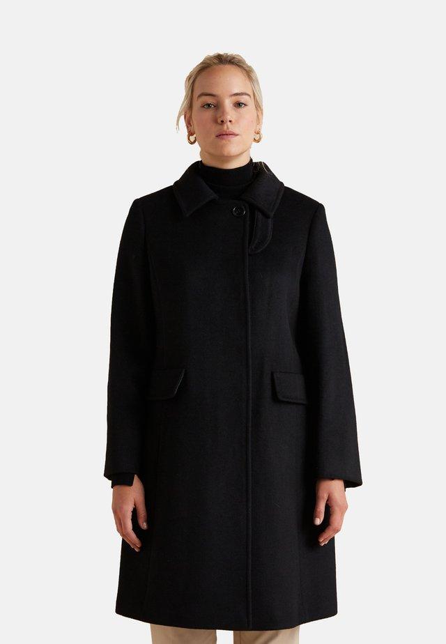 Abrigo corto - nero