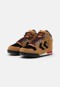 Hummel - NORDIC ROOTS FOREST MID UNISEX - Sneakersy wysokie - sierra - 1