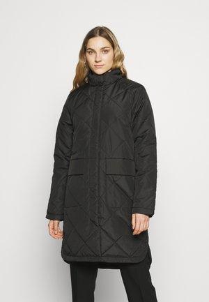 SLFNADDYQUILTED COAT - Zimní kabát - black
