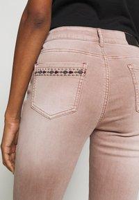 Desigual - AFRI - Skinny džíny - rosa palo - 3