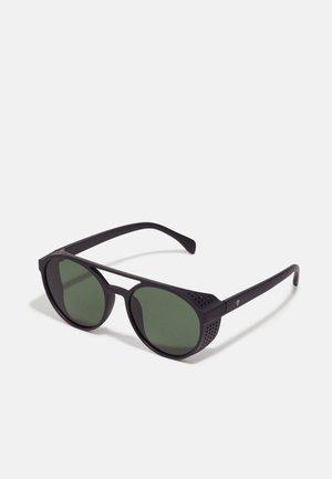 RICKARD - Sluneční brýle - black