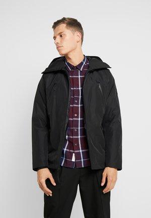 THERMA RANGE ULTIMATE WINTER - Zimní kabát - black