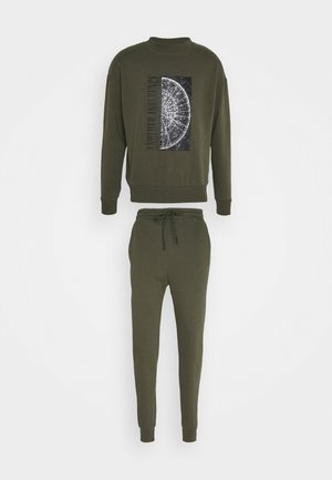 CALLEN TRACKSUIT SET - Survêtement - green
