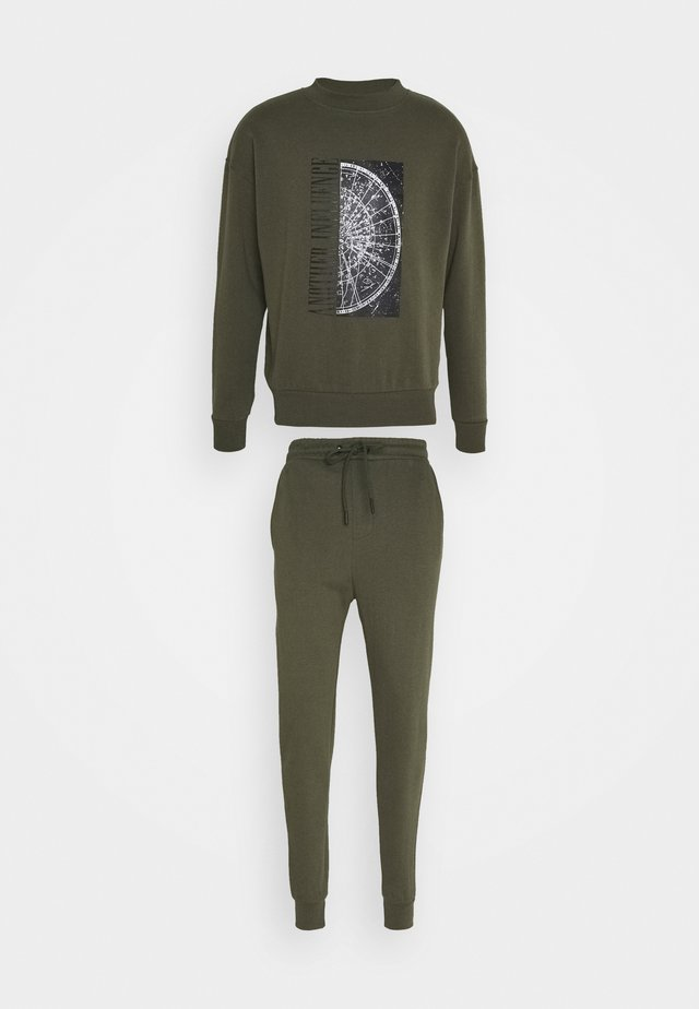 CALLEN TRACKSUIT SET - Trainingspak - green