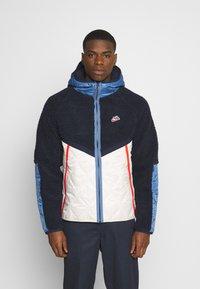 Nike Sportswear - WINTER - Veste d'hiver - obsidian/orewood/chile red - 0