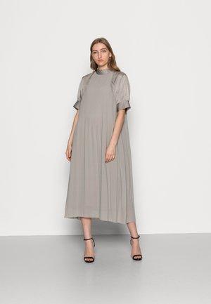 ABBY DELICATED PLISSÉ - Vestido informal - dove