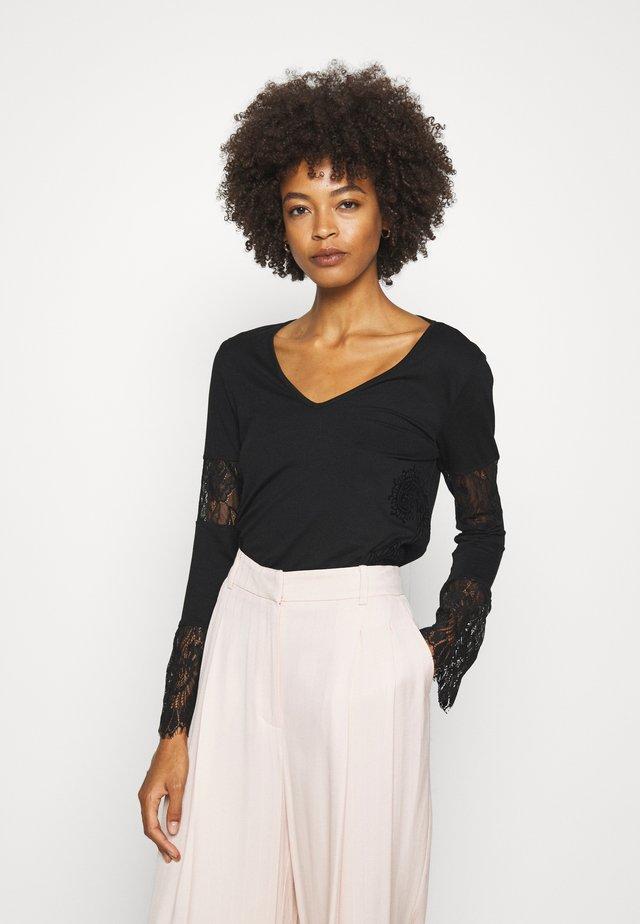 AMELIA - Langarmshirt - black