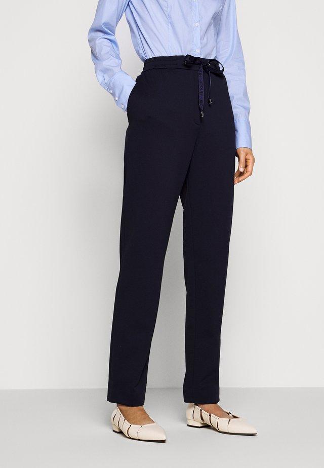 HONESI - Spodnie materiałowe - open blue