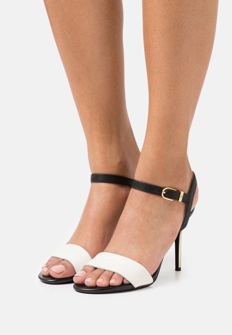 Lauren Ralph Lauren - GWEN - Sandály na vysokém podpatku - vanilla/black/gold
