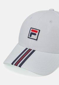 Fila - HERITAGE CAP WITH BOX LOGO UNISEX - Cap - blanc de blanc - 3