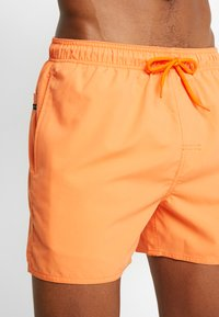 Rip Curl - OFFSET VOLLEY - Badeshorts - bright orange - 3