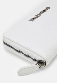 Valentino Bags - DIVINA - Wallet - off white - 3