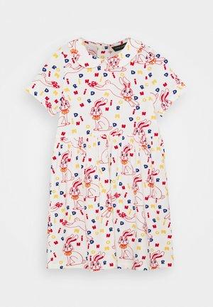 RABBIT DRESS - Žerzejové šaty - offwhite