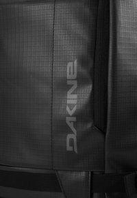 Dakine - RANGER TRAVEL PACK 45L UNISEX - Backpack - black - 4