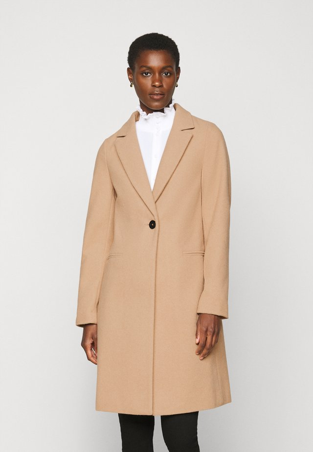 LI COAT - Kappa / rock - camel