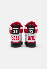 Ewing - 33 X SO SO DEF - High-top trainers - white/black/red - 2