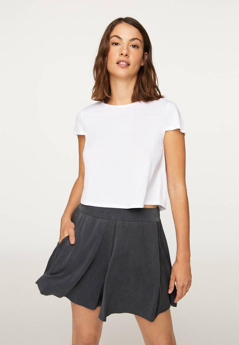 OYSHO - Shorts - dark grey