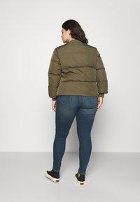 CAPSULE by Simply Be - Skinny džíny - vintage indigo - 2