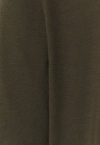 HUGO - DERO - T-Shirt basic - dark green - 6